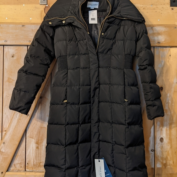 NWT ... Cole Has puffer coat.  Black. S/P